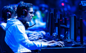 eSports: To επικερδές Ανταγωνιστικό Πλεονέκτημα  των Επιχειρήσεων!
